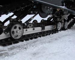 Гусеница для снегоката крупно