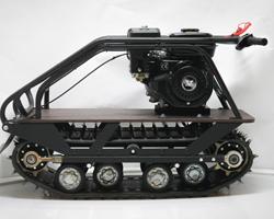 Двигатель, установленный на мотобуксировщике