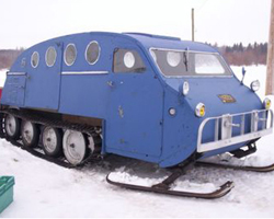 Снегоход с кабиной Bombardier