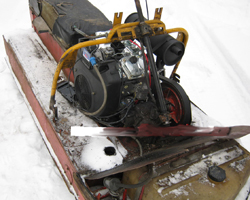 """Бензиновый двигатель на снегоходе """"Буран"""""""