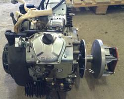 Бензиновый двигатель для установки на снегоход