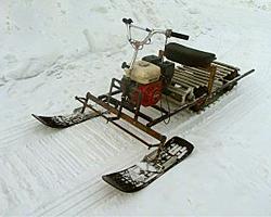 Широкий низкий самодельный снегоход