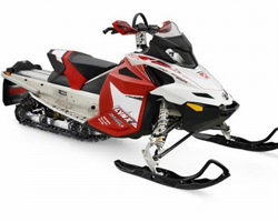 Черно-бело-красный снегоход