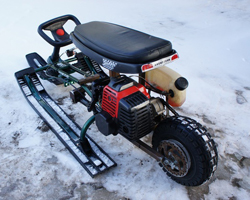 Снегокат с бензиновым двигателем