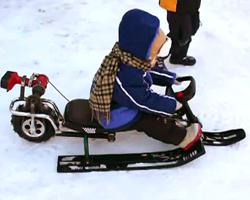 Снегокат с двигателем-шуроповертом