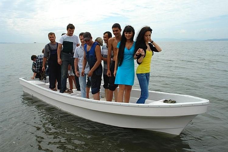 лодка Бриз-18П, грузоподъемность