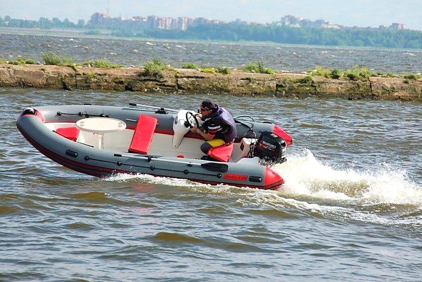 лодка RIB FOTIS 430, скорость