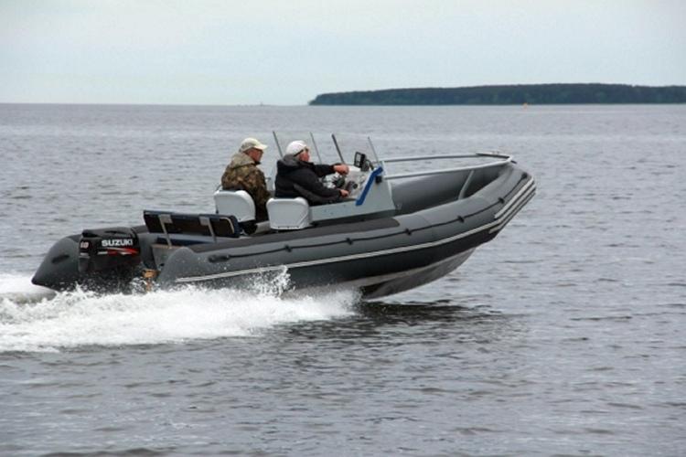 лодка Raider Marine RM-530